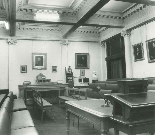 The Geological Society's meeting room, in Parliamentary layout