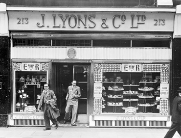 J. Lyons & Co tea shop, 213 Piccadilly