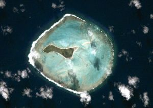 800px-Oeno_Atoll_ISS002