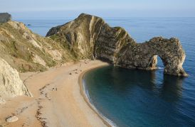 800px-Durdle_Door_Overview