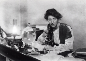Marie Stopes in her lab in 1904