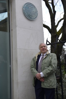 Sir David Attenborough with the newly unveiled Green Plaque at 15 Buckingham Street