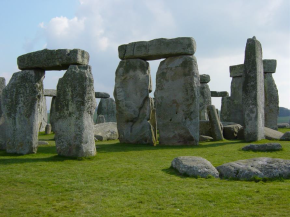 The mystery of Stonehenge's 'bluestones'