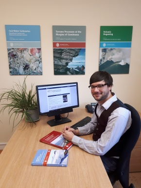 Peer Review Week: A day in the life of a Special Publications productioneditor