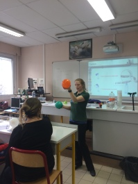 Measuring how much CO2 was captured.